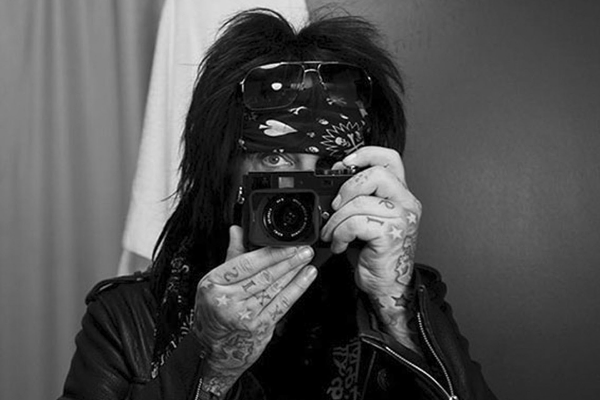 interview with nikki sixx. Black Bedroom Furniture Sets. Home Design Ideas